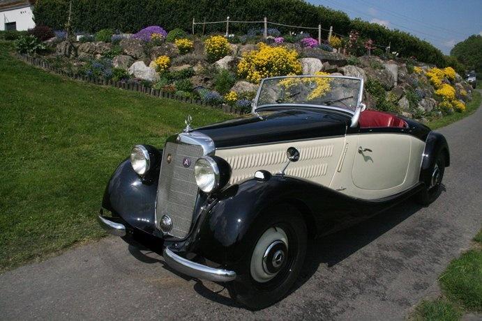 Die Startnummer 2 trägt dieses Jahr ein herrlicher Mercedes: Rolf Willems und Barbara Haedenkamp bringen ihren 170 V Roadster aus dem Jahr 1936 nach Berchtesgaden!
