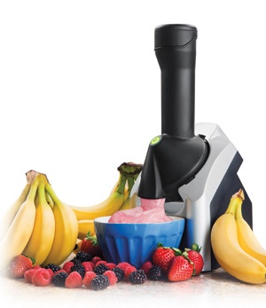 I want one so bad.. just put frozen fruit through it and fresh soft serve comes out!Frozen Fruit, Ice Cream Maker, Yonanas Frozen, Frozen Treats, Frozen Desserts, Healthy, Treats Maker, Desserts Maker, Frozen Banana