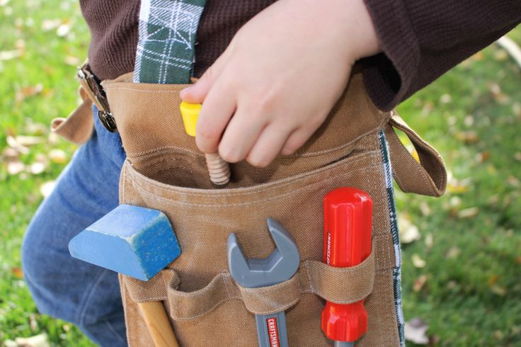 Toddler Tool Belt, Kids Tool Belt, Pretend Play, Toy Carpenter Tool Belt, Kids Construction, Construction Birthday Party, Toy Tool Play by LittleBuckarooShop on Etsy https://www.etsy.com/listing/491067381/toddler-tool-belt-kids-tool-belt-pretend