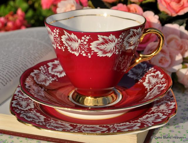 Windsor Vintage Bone China Red and Gold Teacup Trio