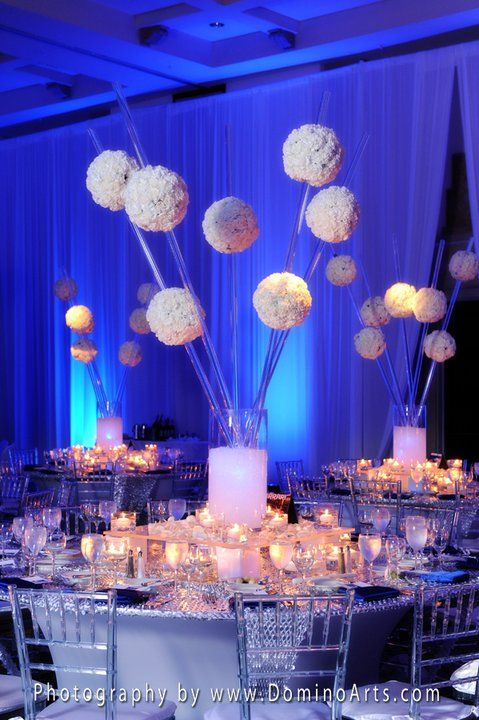 Blue & white wedding reception decorations - DominoArts.com
