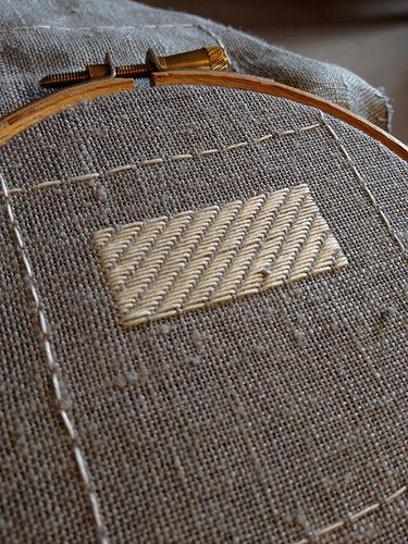 Darning Embroidery Sampler – First Two Stitch Patterns. Click through to stitch along with me!