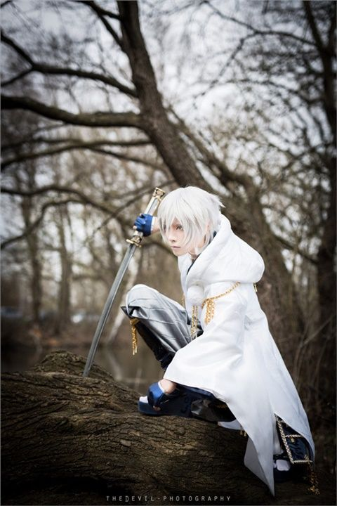 YUEGENE(YUEGENE) Tsurumaru Kuninaga Cosplay Photo