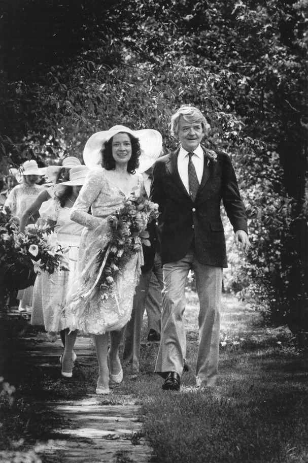 Actress Dixie Carter married actor Hal Holbrook in 1984.  They were married until her death in 2010.