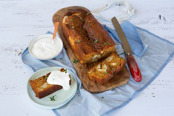 Maggie Beer's Spiced Apple Cake