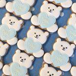 いいね!106件、コメント13件 ― Yuhka Aotaさん(@yuhka0915)のInstagramアカウント: 「ハロウィンの時のように、シンプルな形でデザインできないかな…と考えて作ってみたクリスマスギフト用のクッキーです。 • #christmas #icingcookies…」