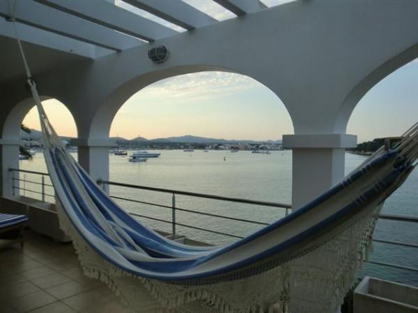 Casa de vacaciones en Portocolom >  http://www.alwaysonvacation.es/alquileres-vacaciones/1298549.html?currencyID=EUR #AlwaysOnVacation #Verano #IslasBaleares