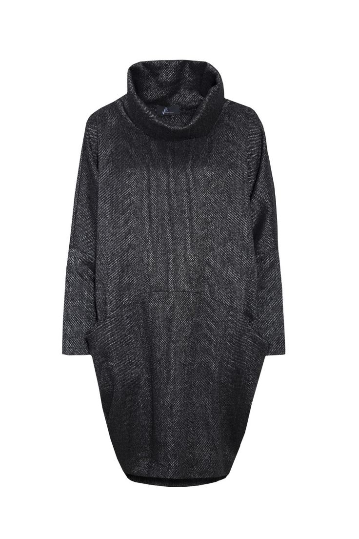 Jarosław Ewert, jarosław e w e r t classic, aw2015, tunic with turtleneck (graphite, silver). To download high or low resolution product images view Mondrianista.com (editorial use only).