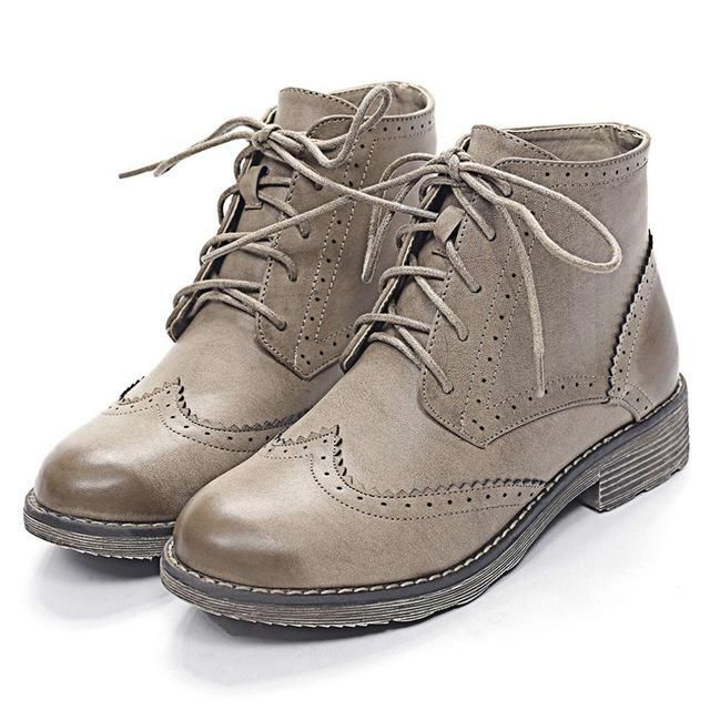 Women Autumn Shoes Ankle Boots for Women Soft Leather Brogues Oxford Women Boots Lace up Wingtip Shoes Woman Oxfords #oxfordwomens