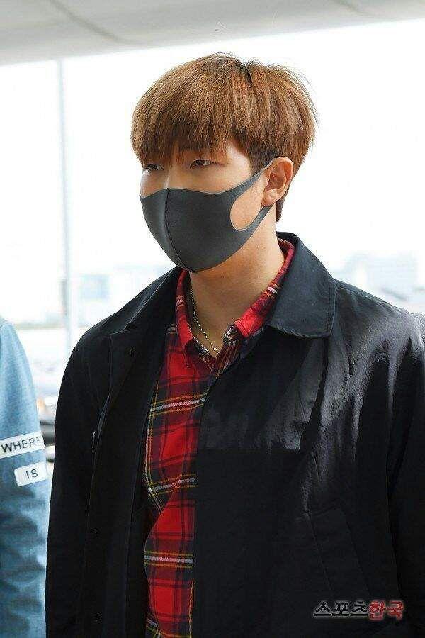 Bts Wearing Face Masks Army S Amino Bts Rap Monster Namjoon Kim Namjoon