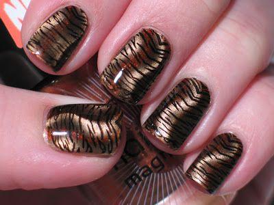 Lacquerish: Magnetic Tiger Mani Tutorial