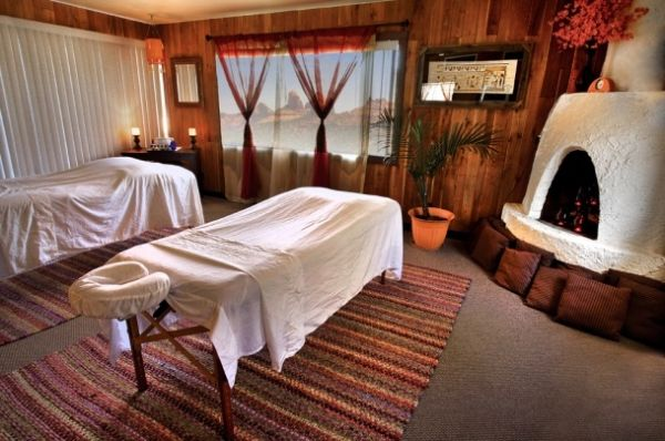 Creating Cozy Themes for Your Massage Treatment Room ...
