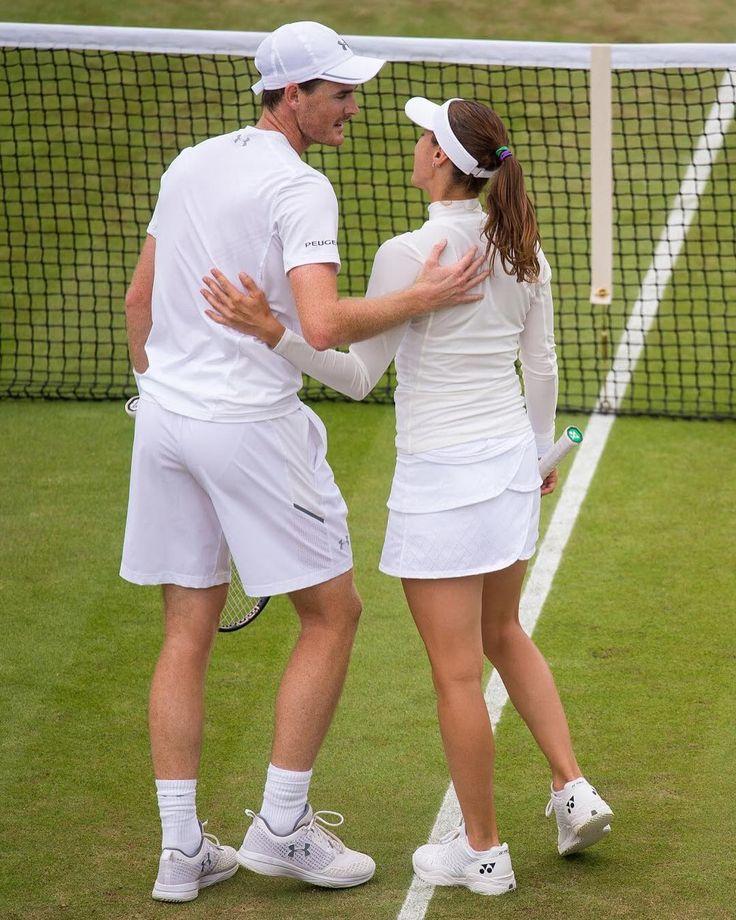 First pair into the Mixed Doubles Quarter-finals...No.1 seeds @jamie__murray @martinahingis80 .. : Florian Eisele #Wimbledon #tennis #instasport #grandslam #murray #hingis