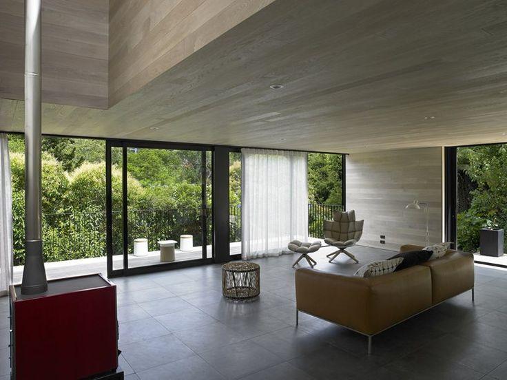 WAIATARUA HOUSE BY HAMISH MONK ARCHITECTURE Brown SofaAuckland New ZealandModern GlassLiving Room InteriorInterior ArchitectureInterior DesignLandscape