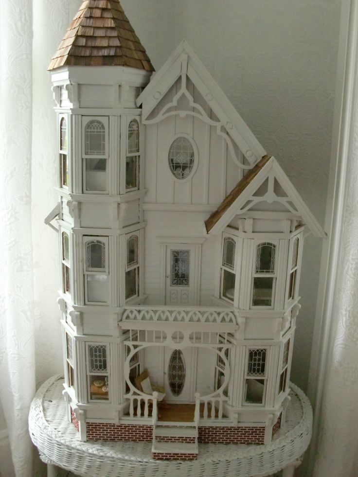 Shabby Chic dollhouse #2