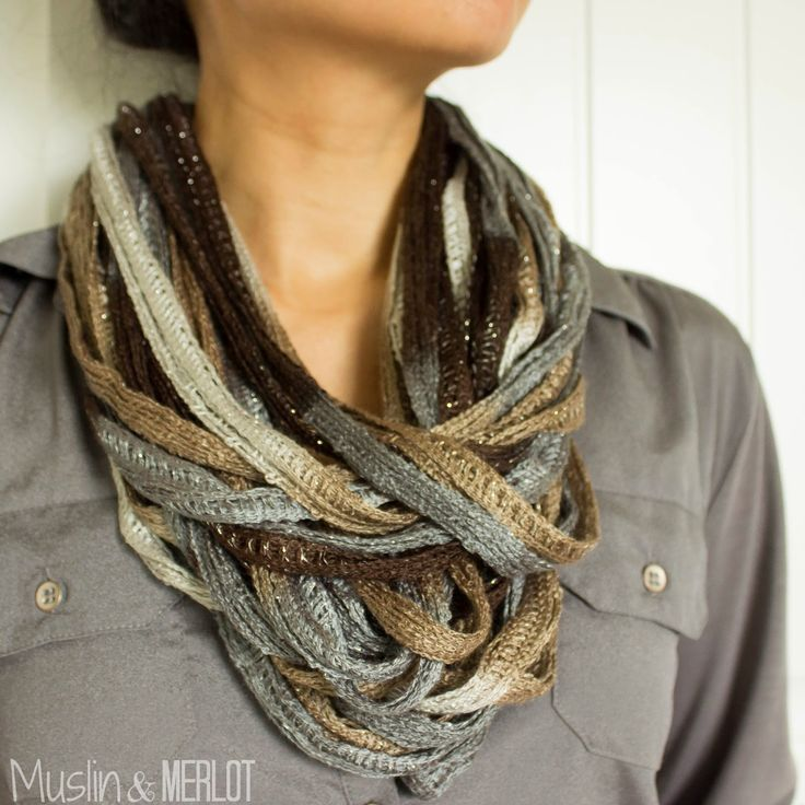 DIY Easy Ruffle Yarn Necklace! Costs less  than $5!