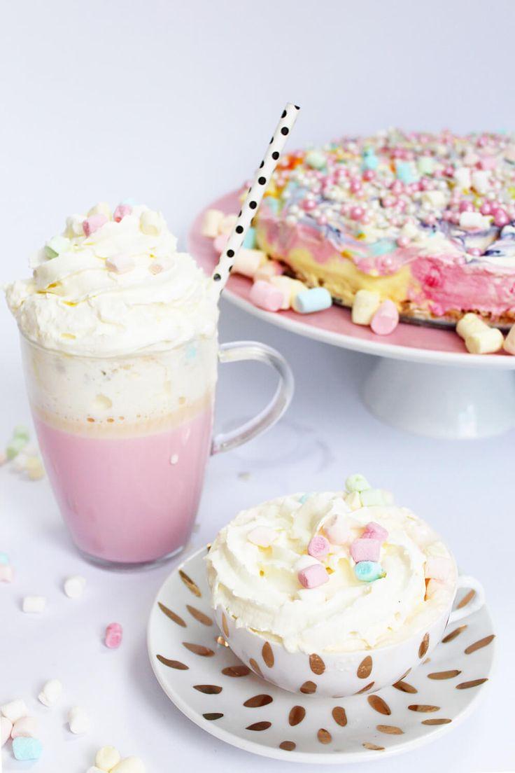 Heiße Einhorn-Schokolade ist der neueste Trend für Parties oder Geburtstage. Ich zeige dir in meinem Rezept, wie du sie ganz einfach selber machst!