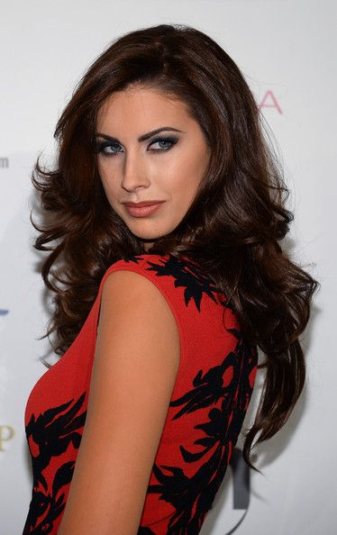 Katherine Webb Hair; face frame layers