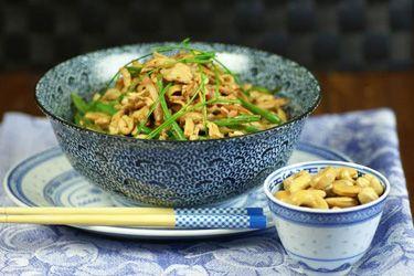 Ken's chicken chow mein – Recipes – Bite