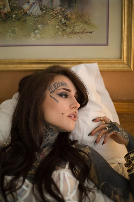 MEETING MONAMI FROST. | The Hundreds
