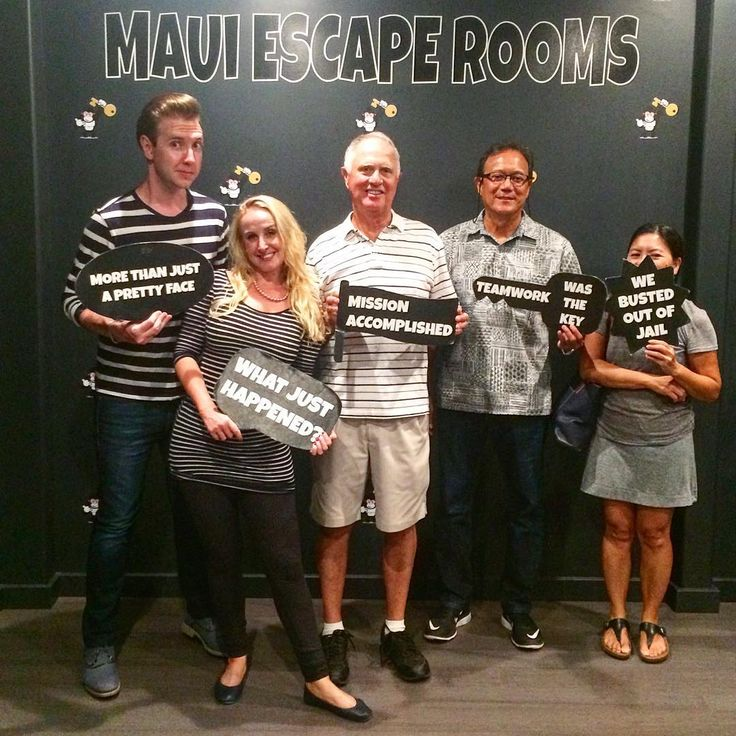 Matching prison outfits! Book your adventure today! #activitiesmaui #thingstodoinmaui #hawaiiactivities #escaperoom #teambuilding #teamwork #friends #family #travel #top10activities #mauiactivity #mauifun #vacation #mauivacation #mauitrip #escaperoom #escape #mauiescaperooms #game #puzzle #challenge #fun