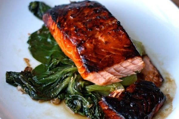 WL Atlantic salmon with bok choy, purple cabbage and crispy fried shallots
