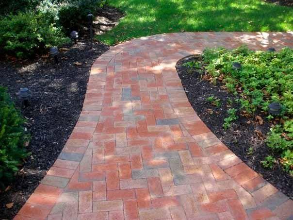 curves | Landscaping Ideas | Pinterest | Brick walkway ...