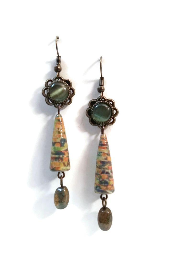 Boucles d'oreilles Pierre Naturelle Pendantes - Perles en papier - Cabochons - Vertes - Jaunes : Boucles d'oreille par cap-and-pap