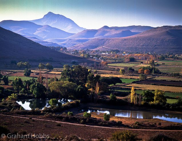 Majestic mountains of South Africa – Blog – South African Tourism     Helderberg