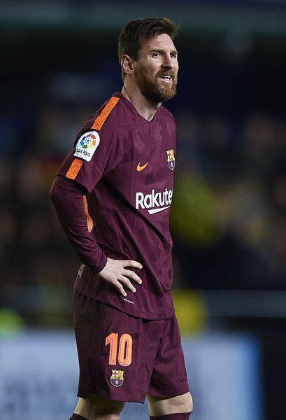 Lionel Messi of Barcelona reacts during the La Liga match between Villarreal and Barcelona at Estadio La Ceramica on December 10, 2017 in Villarreal, Spain.