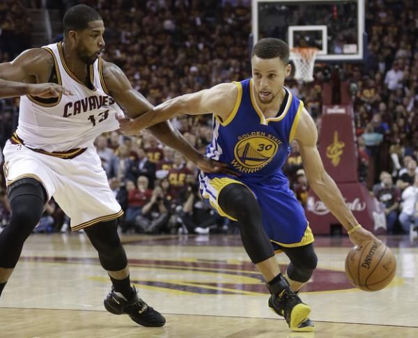 Stephen Curry and Klay Thompson combined for 63 points as Golden State took a 3-1 Finals lead.