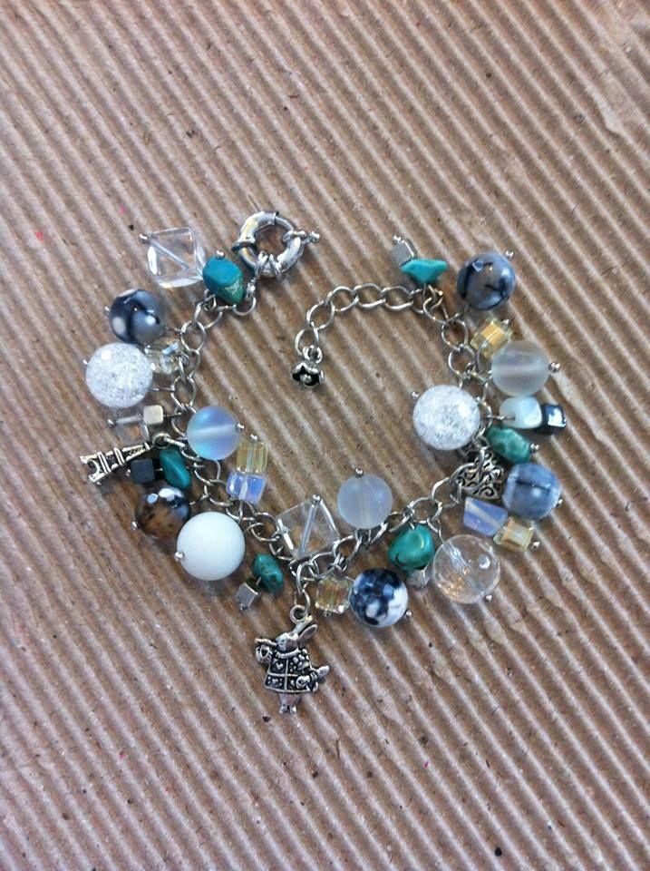 Браслет ручной работы из натуральных камней. Handmade bracelet.