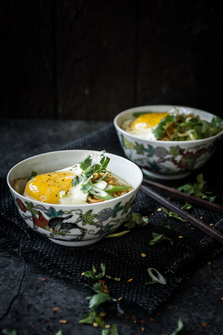 Spicy Sriracha Ramen with a Fried Egg