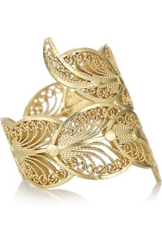 Mallarino's handmade 24-karat gold-vermeil filigree ring