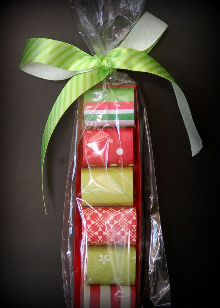 nicely wrapped mini chocolates: Teacher Gifts, Teacher Appreciation, Card Stockings, Miniatures Candy, Thank You Gifts, Candy Bar, Chocolates Gifts, Diy'S Gifts, Gifts Idea