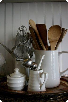 http://jonesdesigncompany.com/decorate/the-kitchen-autumn/