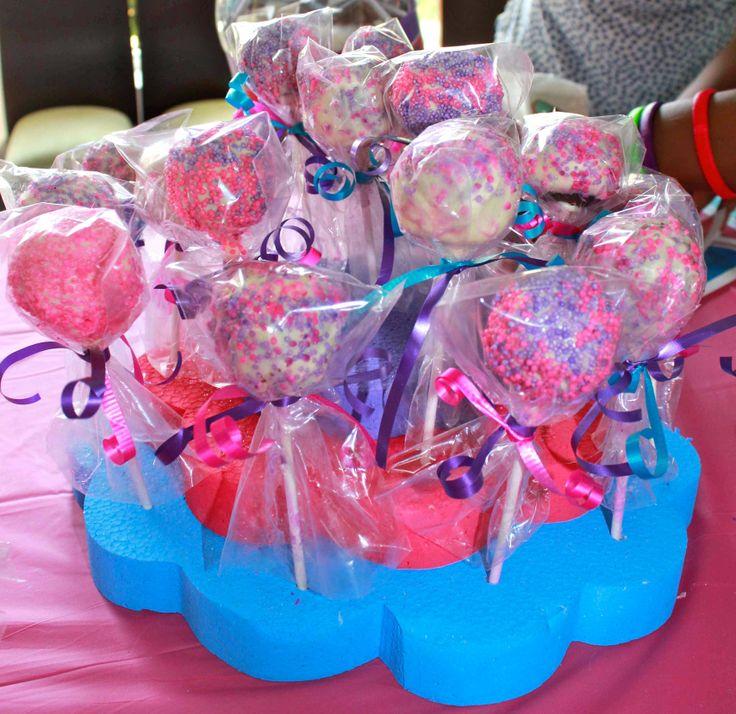 My little #girl turned 3! - #Dora #Mermaid #Adventure #pool #birthday #party - #Cake #pops - #doratheexplorer #doralaexploradora #dora #explorer #exploradora #mermaid #sirena #adventure #reino #mermaidadventure #pool #piscina #party #fiesta #partyideas #ideas #crafting #kids #kidsbirthdayparty #birthday #birthdayparty #decorate #decoration