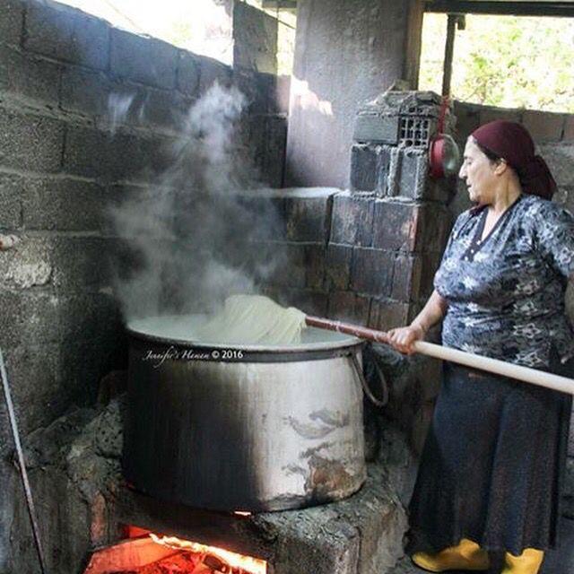 Stirring the silk material