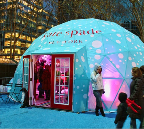 Pop up Shop | Pop up Store | Retail Design | Retail Display | Kate Spade holiday pop-up shop in New York (photo: gary burke)