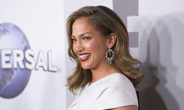 Jennifer Lopez's Unprocessed Diet Is Seriously Impressive - mindbodygreen.com