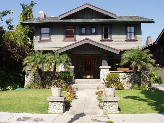 Exterior of 1912 bungalow craftsman in long beach ca house exteriors early 1900s for How long to paint a house exterior