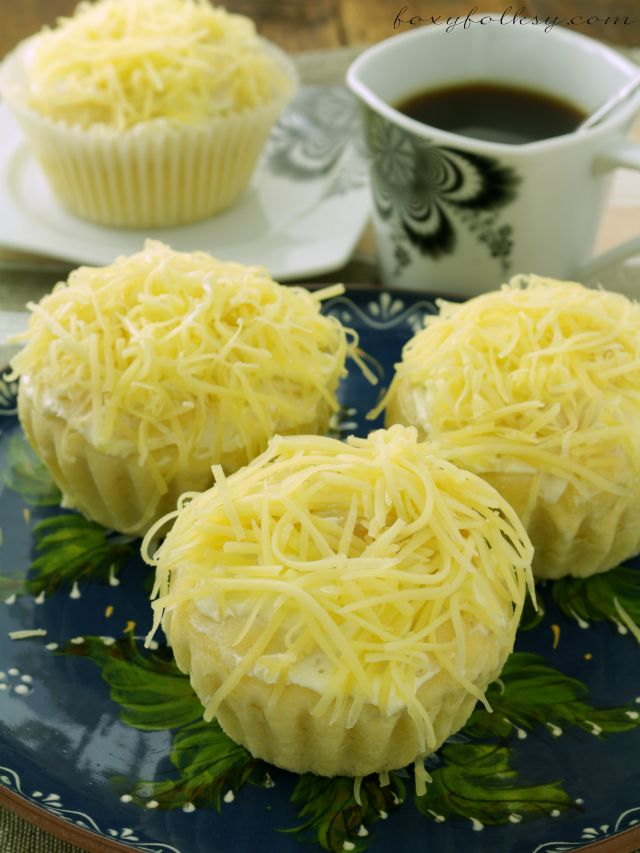 cheesy filipino ensaymada