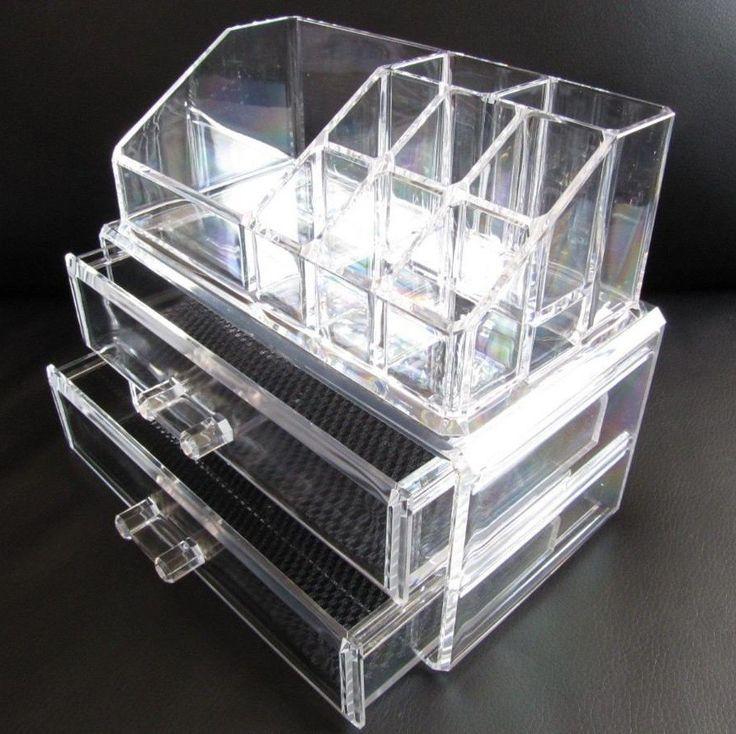 Porta Make em Acrílico <br>Caixa Acrílica Organizador de Maquiagem Jóias, <br>Esmaltes e Batons <br>Pronta Entrega! <br> <br>Descrição: <br>- Caixa em Acrílico; <br>- Organizador de maquiagem / cosméticos e jóias <br>- 2 gavetas para guardar objetos <br>9 divisórias (6 para batons ou esmaltes) <br>- Dimensões do Produto: <br>18,7 x 15 x 10 cm (largura x altura x profundidade). <br> <br>Cada gaveta possui 16 x 3,5 x 3 cm (largura x altura x profundidade).