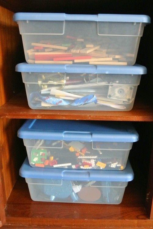 3 Easy Tricks for Organizing Kids' Memories and School Stuff - 32 quart size
