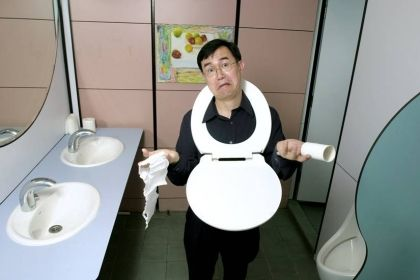 """Jack Sim left construction Inustry to found the """"World Toilet Organization""""- an NGO commited to improving toilet & sanitation conditions globally. The quirky founder came up with names like 'World Toilet College and SuSaNa (Sustainable Sanitation Alliance), and the Restroom Association of Singapore, and is one of the most prominent voices globally on the issue of sanitation. FInd out how you can help his cause:  http://igiving.sg/projects/37"""