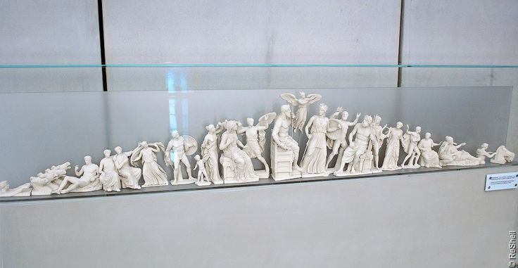 Фронтон Парфенона (спор Афины и Посейдона)