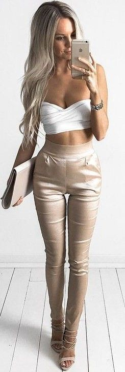 #summer #feminine #outfits | White Crop + Beige Pants