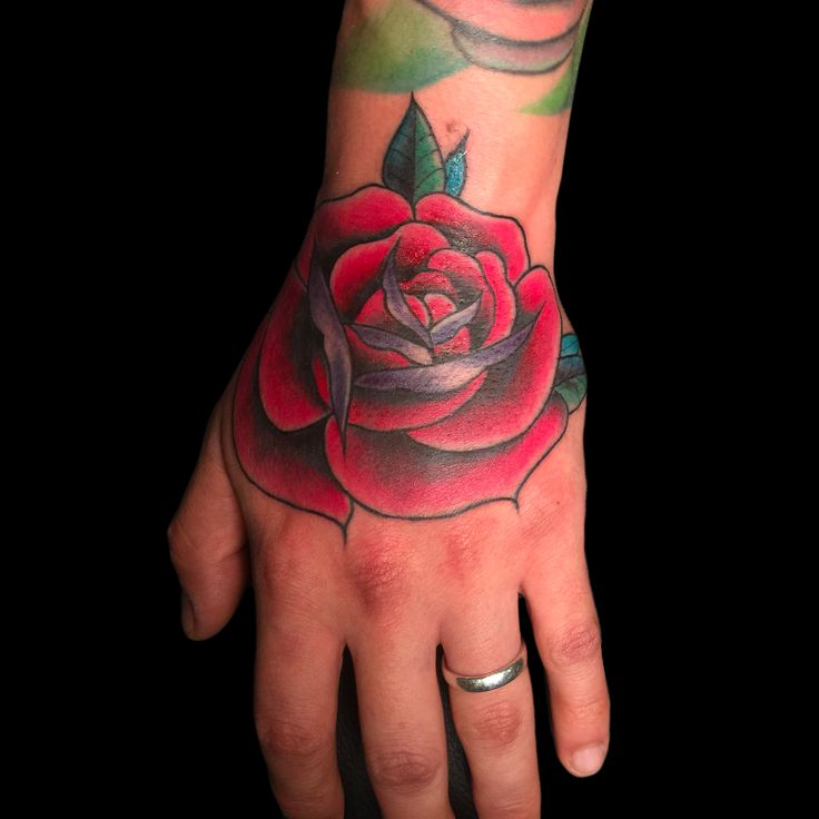 Hand-Rose. ANDREA MAGRASSI for David's hand