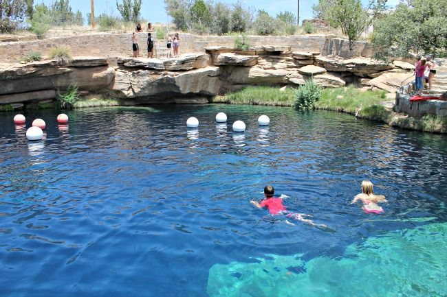 Dive Into The blue Hole in Santa Rosa, New Mexico