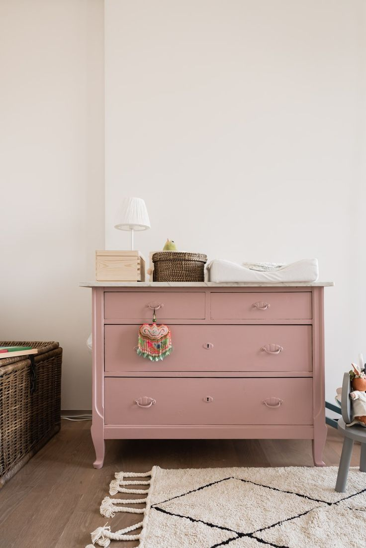 6 tips on how old and new in the nursery give a harmonious look